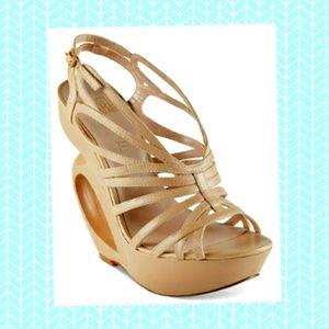 🎄 NWOT Madonna wedge platform-sexy high heels